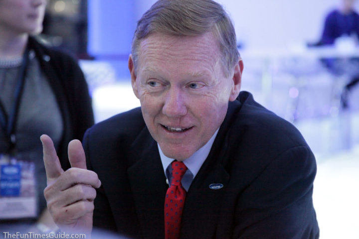Alan mulally ceo ford motor company case for Ford motor company alan mulally