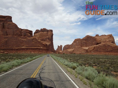 arches-national-park-motorcycle