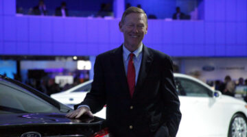 Ford Motor Company Invites Bloggers To Detroit Auto Show: My Review From Behind The Scenes