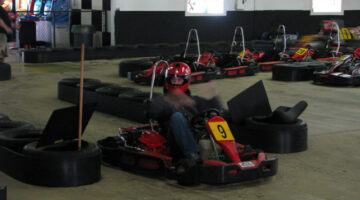 indoor go kart tracks
