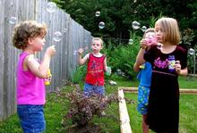 kids-and-bubbles-by-phaewilk.JPG