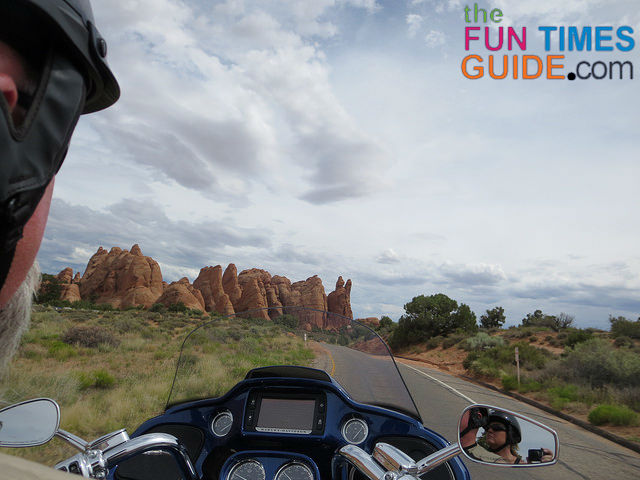 motorcycle-arches-national-park
