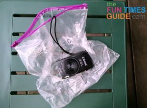 motorcycle-camera-bag-rain-cover