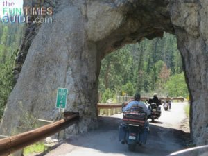 needles-highway-tunnels