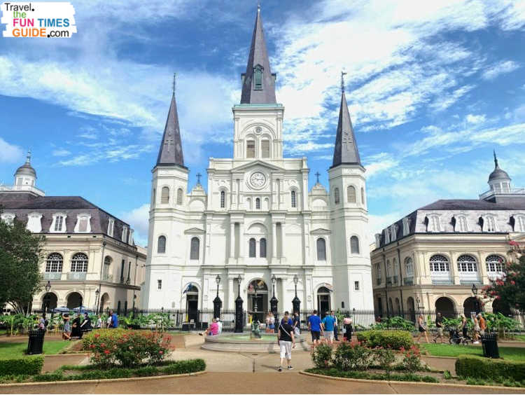 Tips and tricks for visiting St. Louis Cathedral in New Orleans, Louisiana.