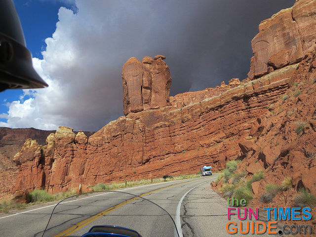 stormy-arches-national-park