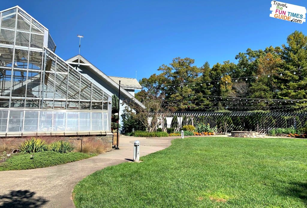 The pergola and sunroom adjacent to the Baker Exhibit Center at the North Carolina Arboretum.