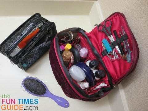 travel-toiletry-bags
